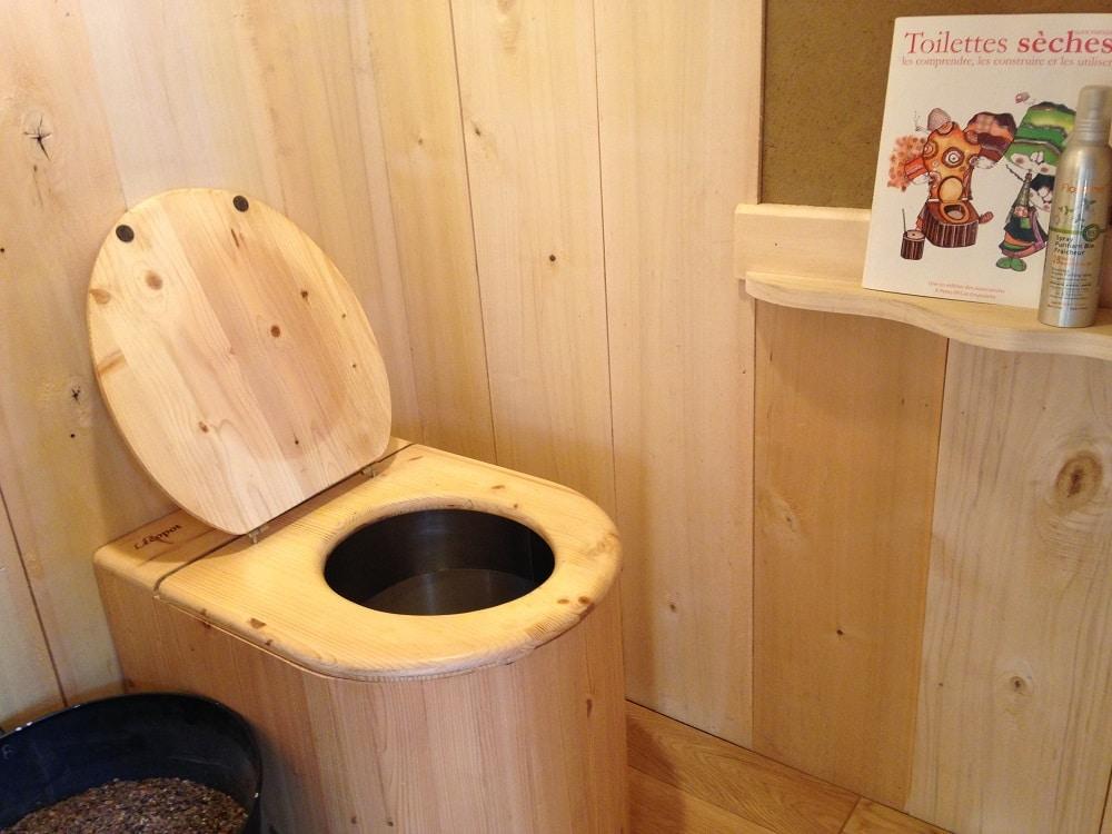 Où et comment utiliser des toilettes sèches ?